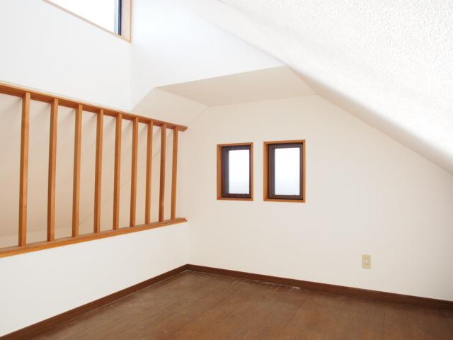 パールシティハイム 201号室の居室