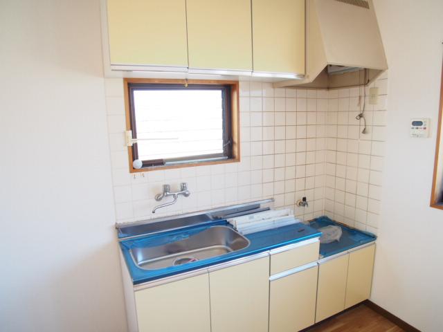 パールシティハイム 201号室のキッチン