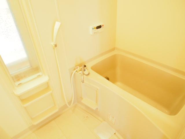 パールシティハイム 201号室の風呂