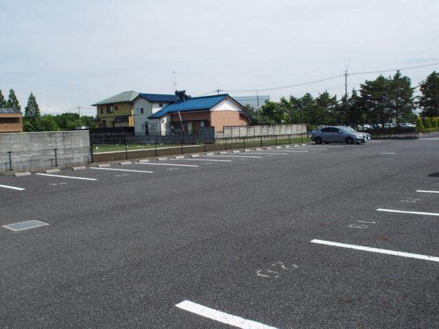 スターテラスA 203号室の駐車場