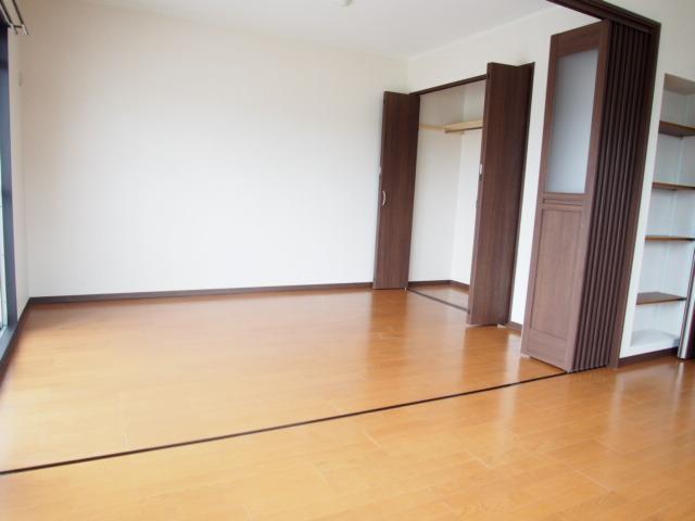 ヒルズマンション 202号室の居室