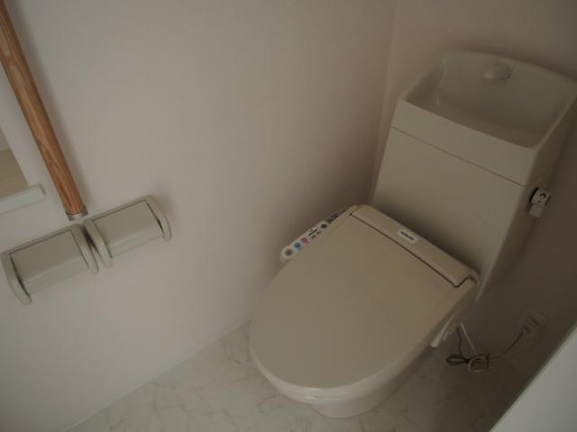 ブリーズ 102号室のトイレ