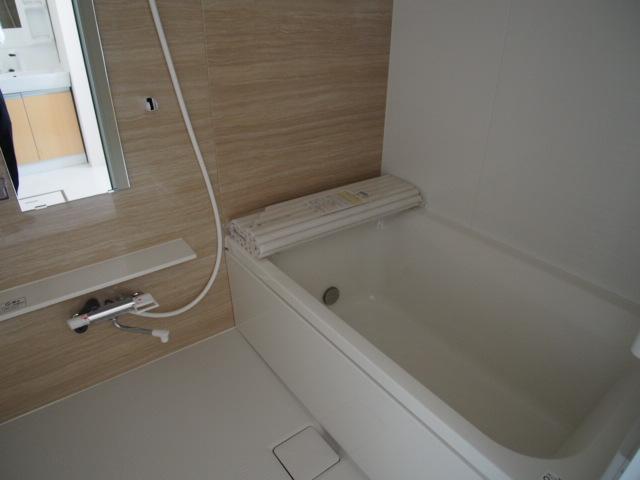 ブリーズ 102号室の風呂