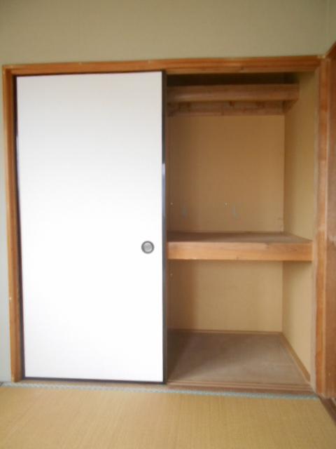 ハイツTMK A 103号室の収納