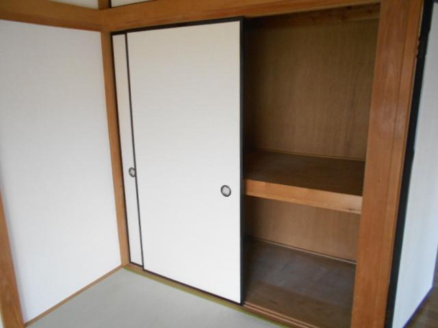 新井コーポ 103号室の収納
