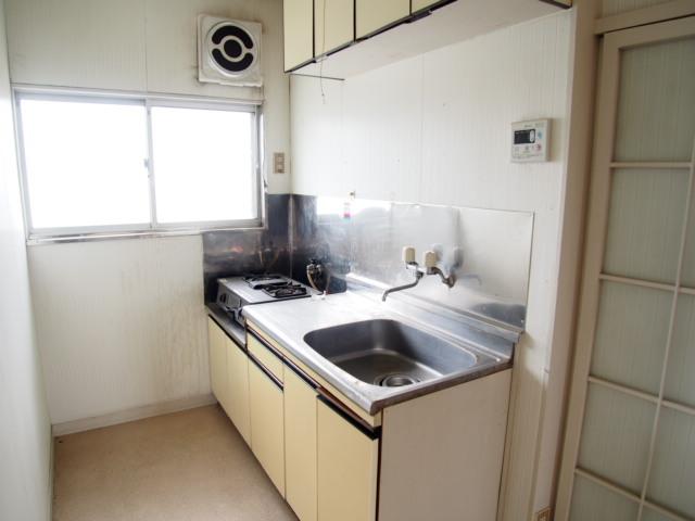 菅原ハイツ 2号室のキッチン