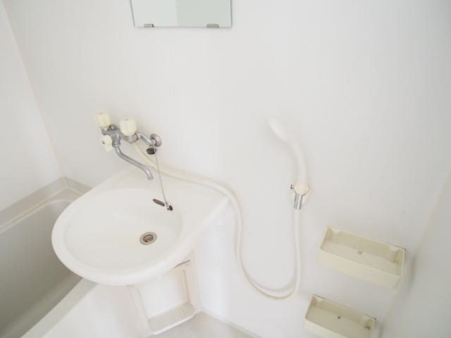 菅原ハイツ 2号室の洗面所