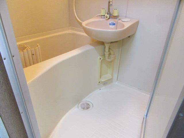 オズハウス1 118号室の風呂