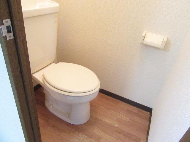 オズハウス1 118号室のトイレ