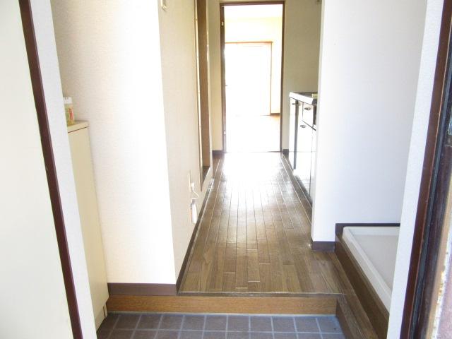 オズハウス1 127号室の玄関
