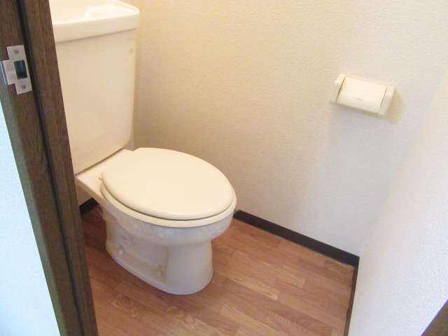 オズハウス1 127号室のトイレ