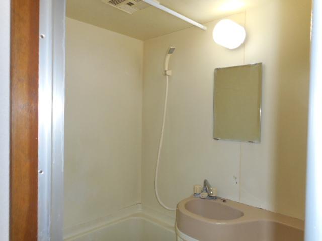 メゾンMORI 202号室の風呂