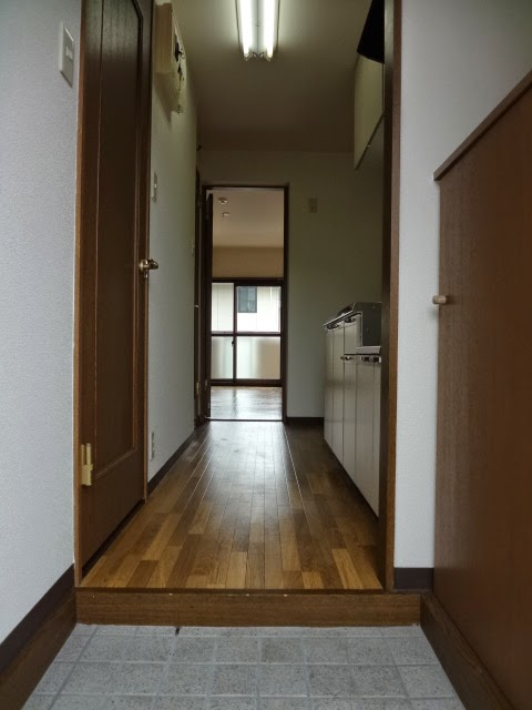 Sentiero杉谷 205号室の玄関