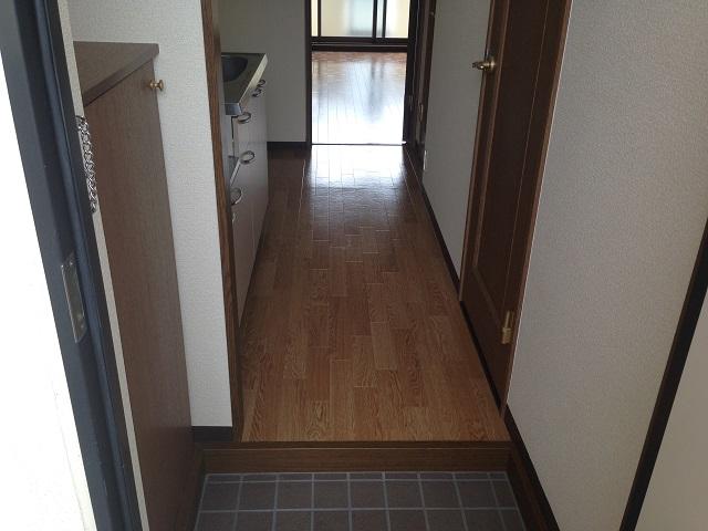 エチュード 207号室の玄関