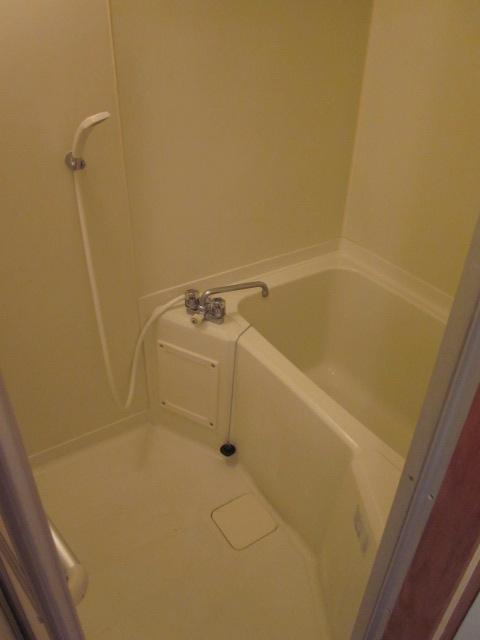 プロヴァンス 103号室の風呂