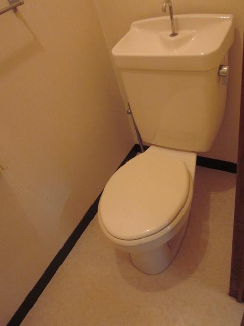 プロヴァンス 103号室のトイレ
