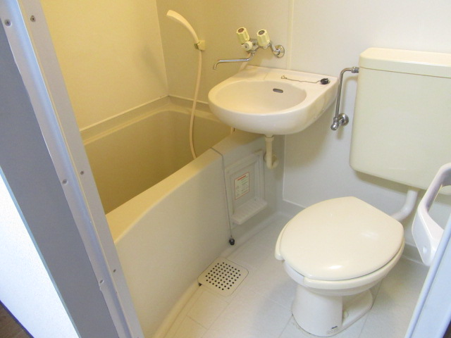 グリーンヒル 303号室の風呂