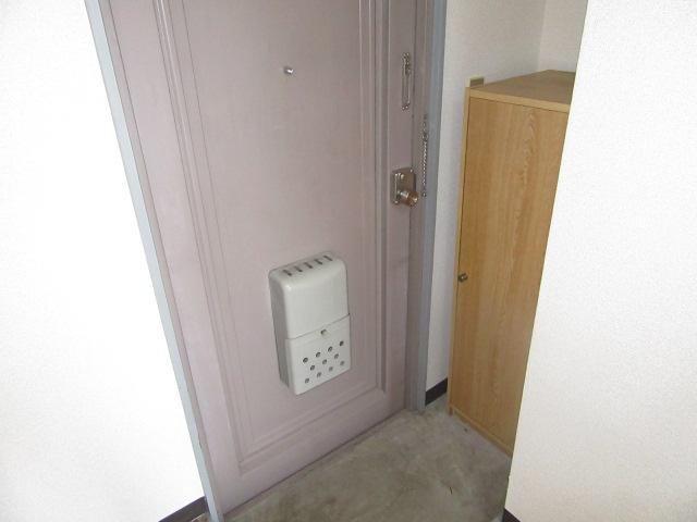 グリーンヒル 303号室の玄関