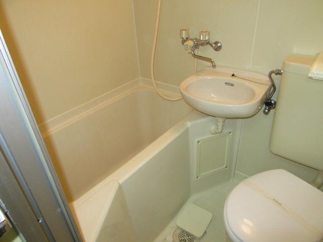 ウエストコート 103号室の風呂