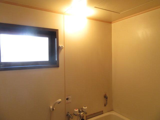 ビーフルミサキハイツB 201号室の風呂