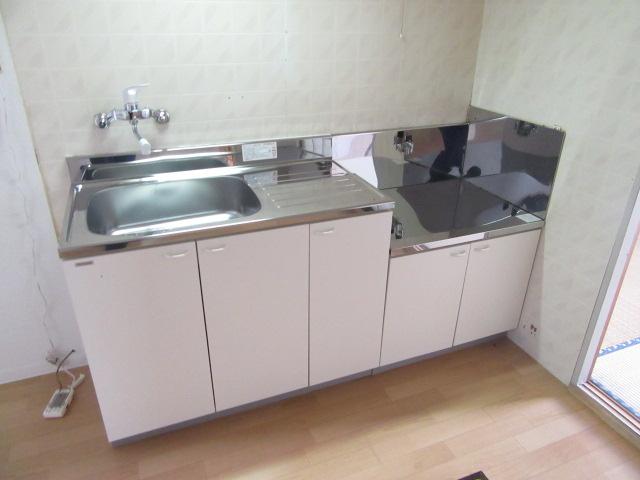ビーフルミサキハイツB 201号室のキッチン