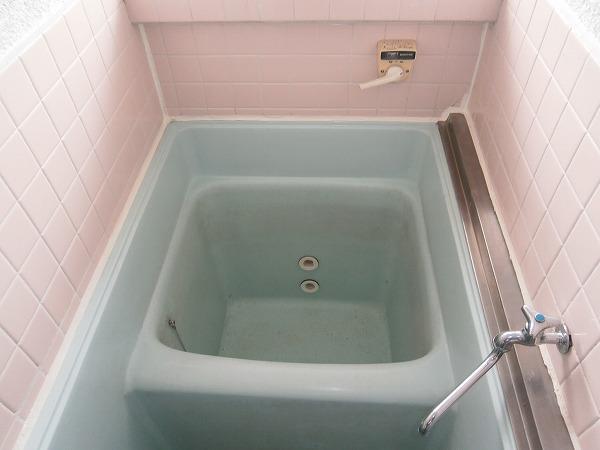 八幡荘 7号室の風呂