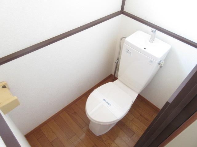 第2立花荘 102号室のトイレ