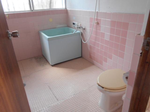 三剛荘 2-1号室の風呂