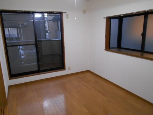 コロラトゥーラB 101号室のその他