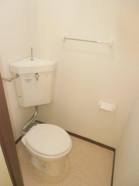 コーポ・コトブキ 202号室のトイレ