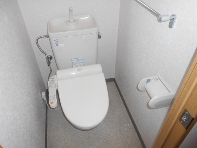 日神パレステージ三軒茶屋第2 1101号室のトイレ