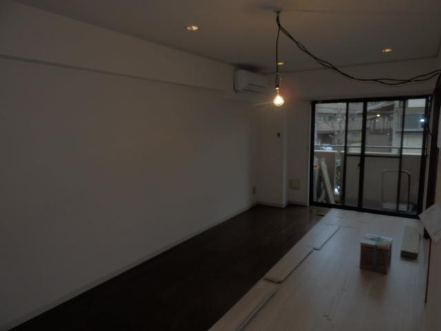 ヴィラフィオーレ 202号室のリビング