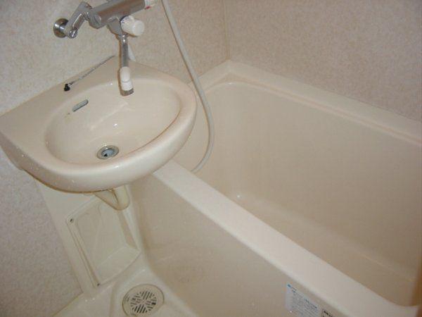 トーシンフェニックス都立大学 503号室の風呂