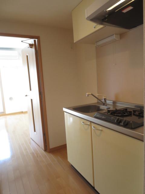 スカイコート都立大学第3 208号室のキッチン