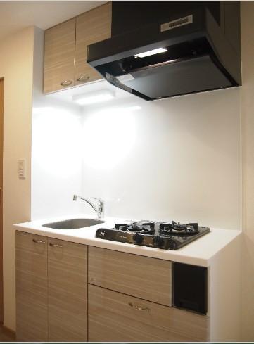 ルーブル目黒不動前 404号室のキッチン