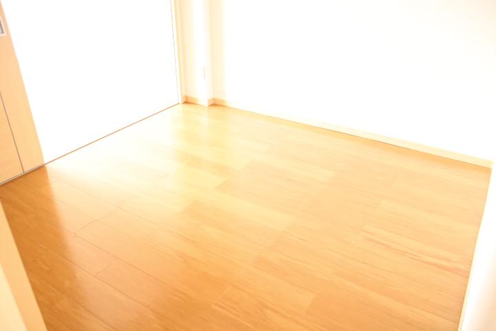 シティハイツ田所 01020号室の居室