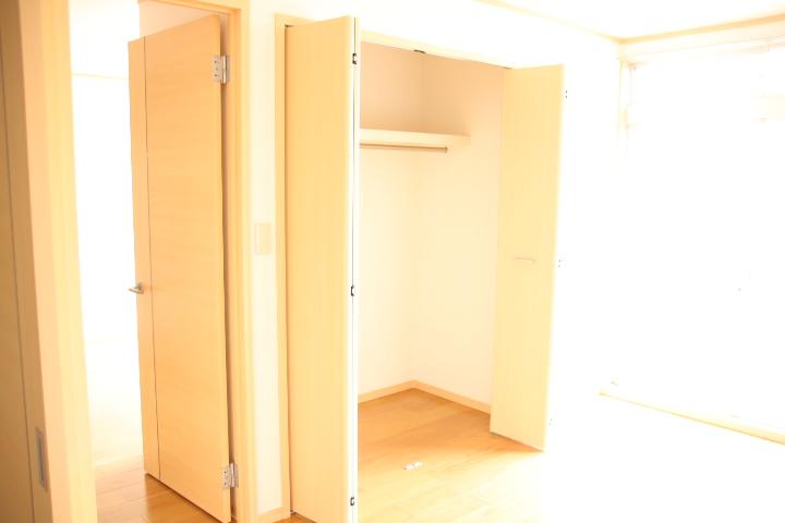 シティハイツ田所 01020号室の収納