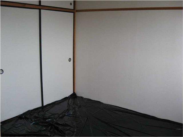 エルディムキムラⅡ 02030号室のリビング