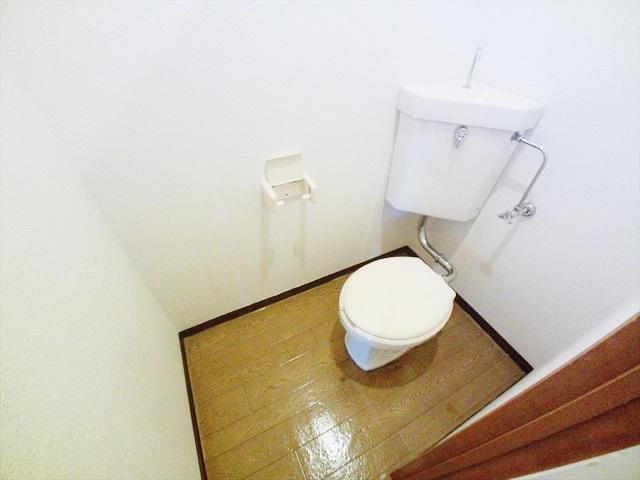 ニューシティ山本 02010号室のトイレ