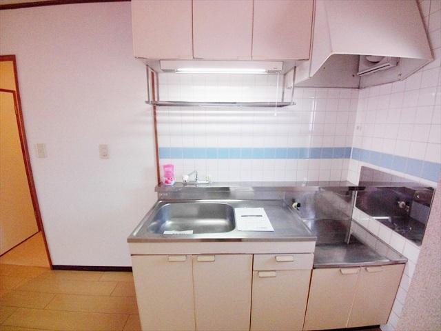 ニューシティ山本 02010号室のキッチン