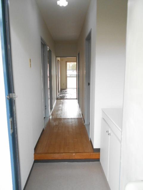エレガンスパーク立沼橋 01010号室の玄関