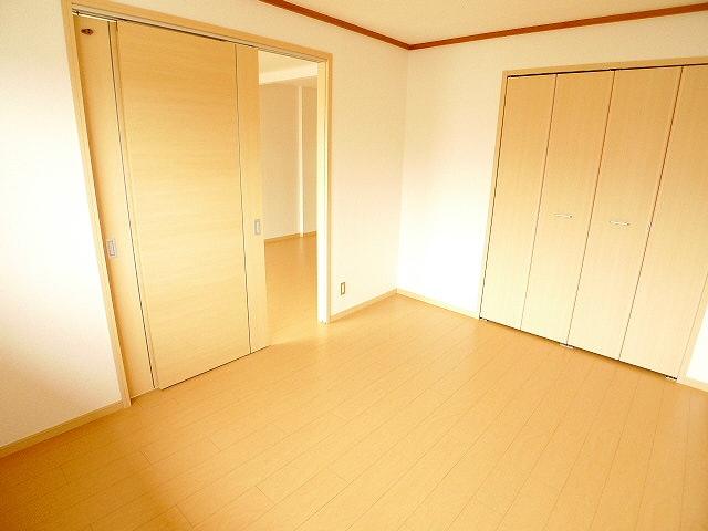 エルディムコスモス 02020号室の居室