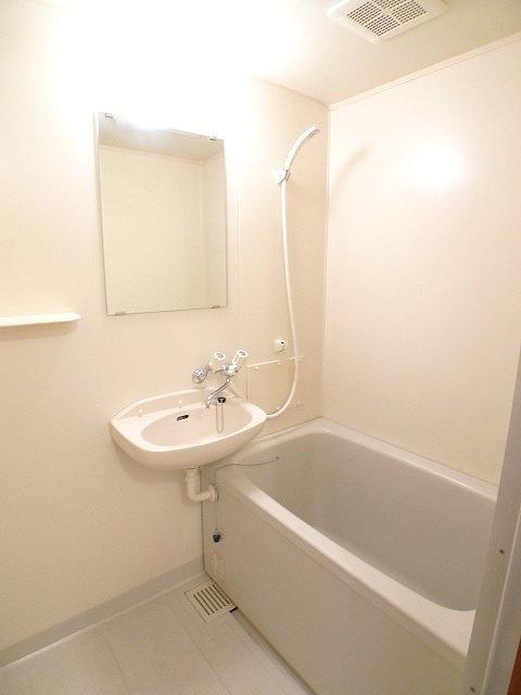 エルディムコスモス 02020号室の風呂