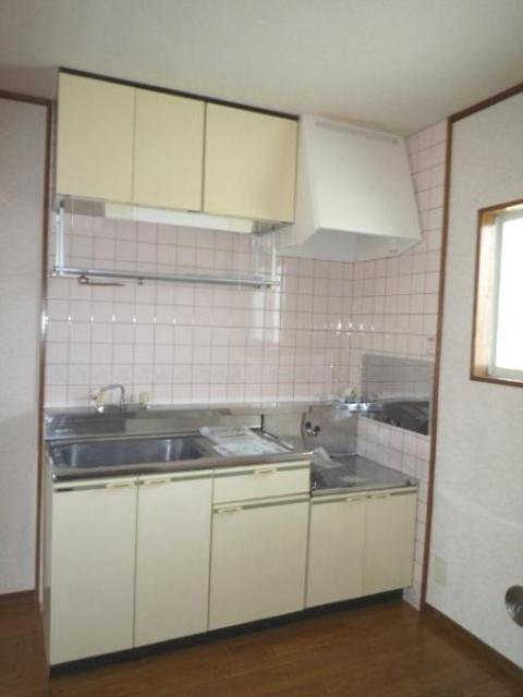 グリーンシティ 02010号室のキッチン