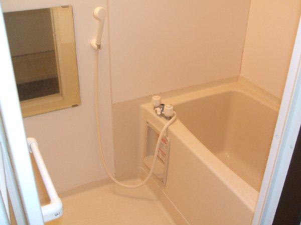 友和ハイツ 01010号室の風呂