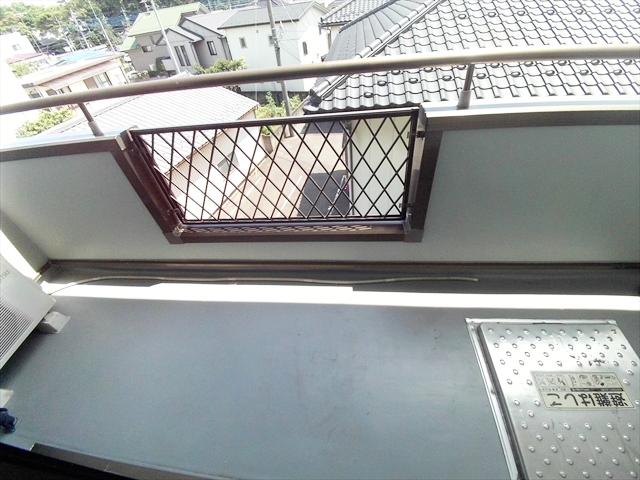 ニューエルディム伊藤A 03010号室のバルコニー