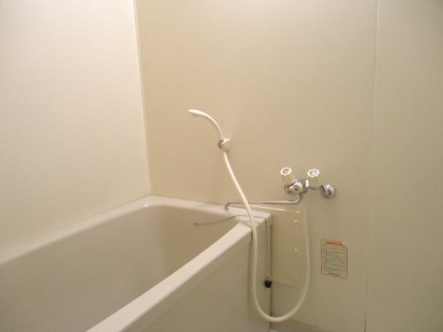 エルディム山田 02010号室の風呂