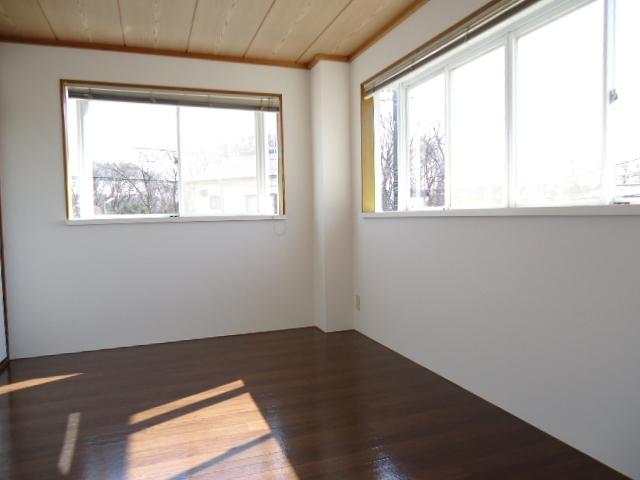 エルディム山田 02010号室の居室