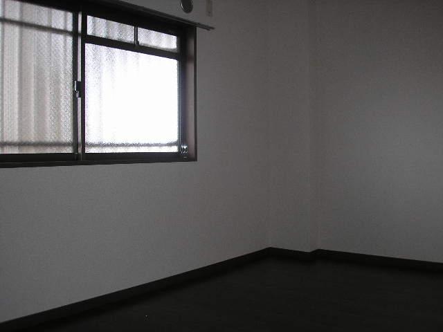 クレストヴィラヒヨシ 02030号室のリビング