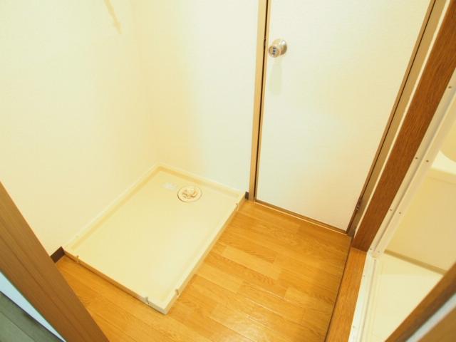 レジデンスピアⅡ 01010号室の洗面所